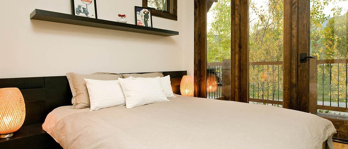 Bedroom - Caboose by Wheelhaus