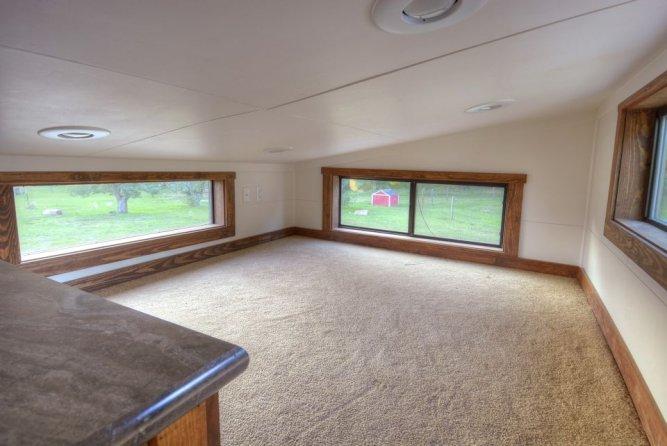 Bedroom Loft - Morrison hOMe by EcoCabins