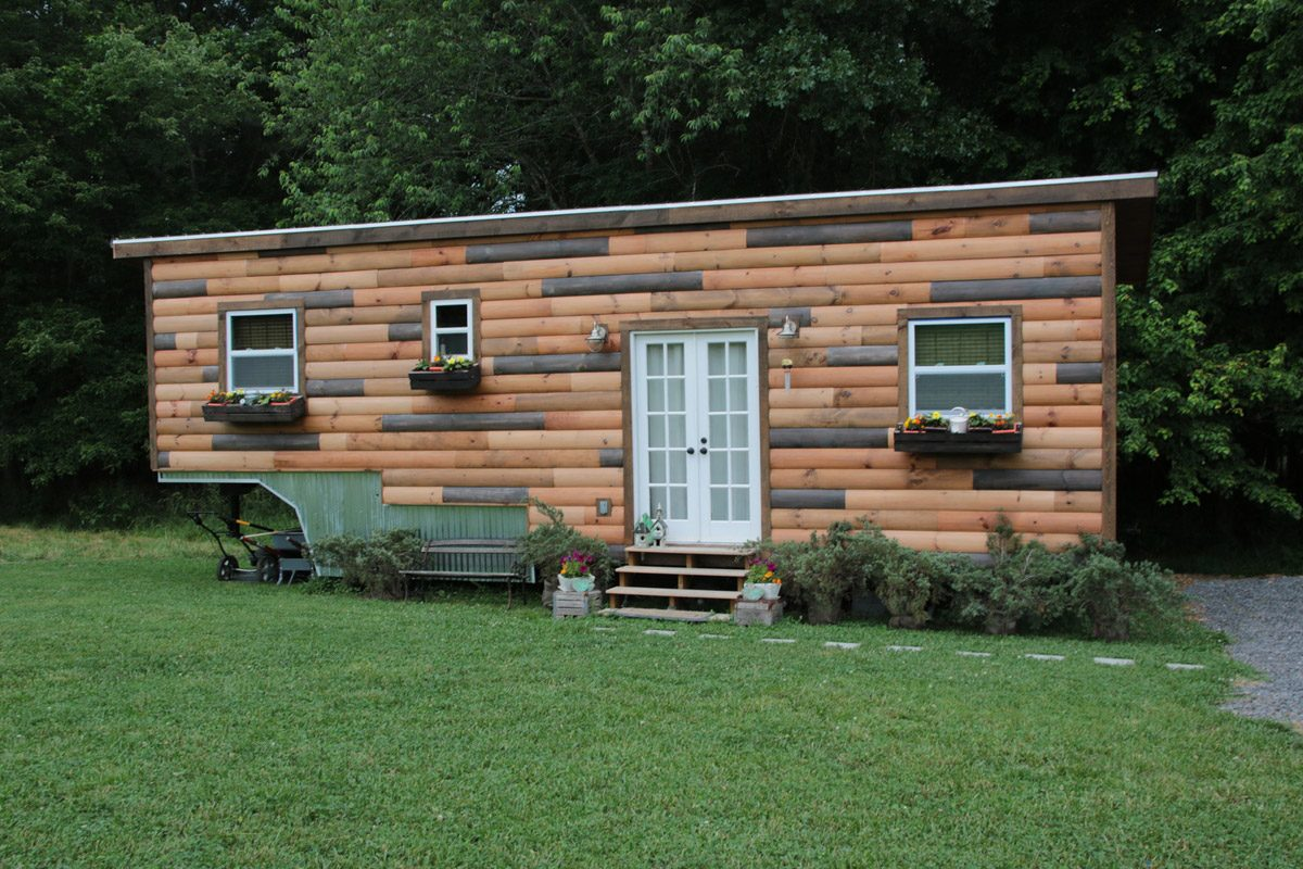 Exterior Front View   Nomadu0027s Nest By Wind River Tiny Homes