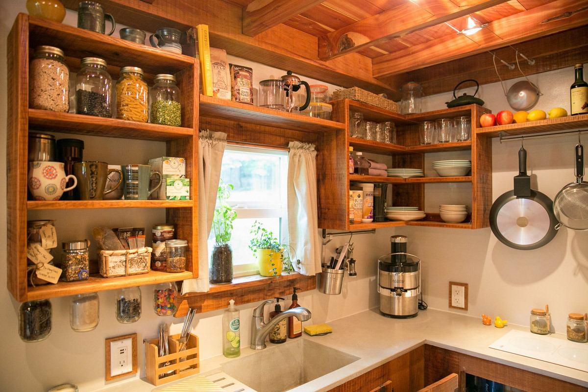 Kitchen - Wind River Bungalow