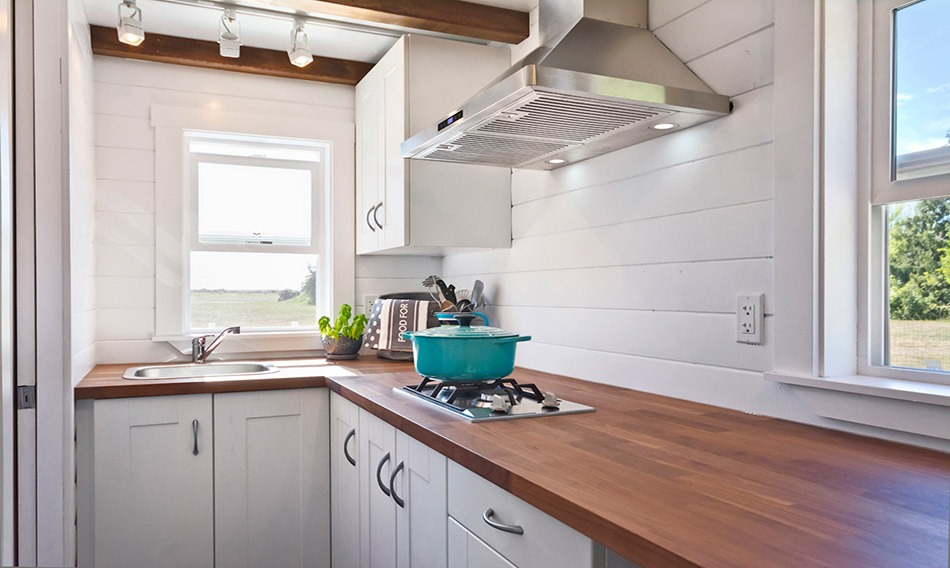 Kitchen - Amalfi Edition by Mint Tiny Homes
