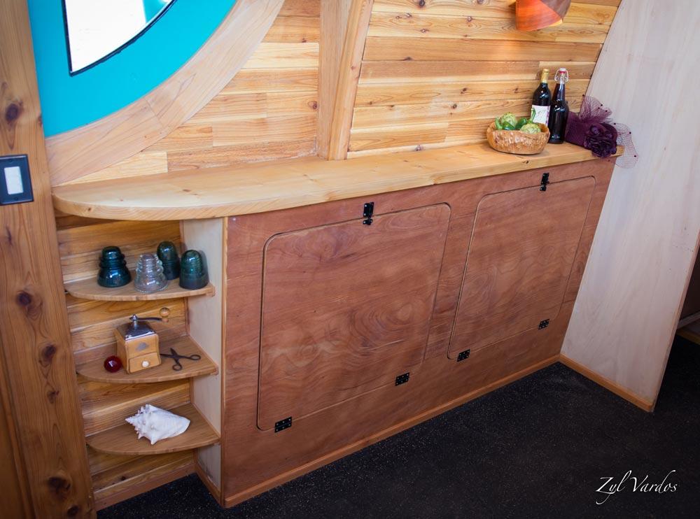 Storage - Ark by Zyl Vardos