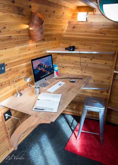 Desk - Ark by Zyl Vardos