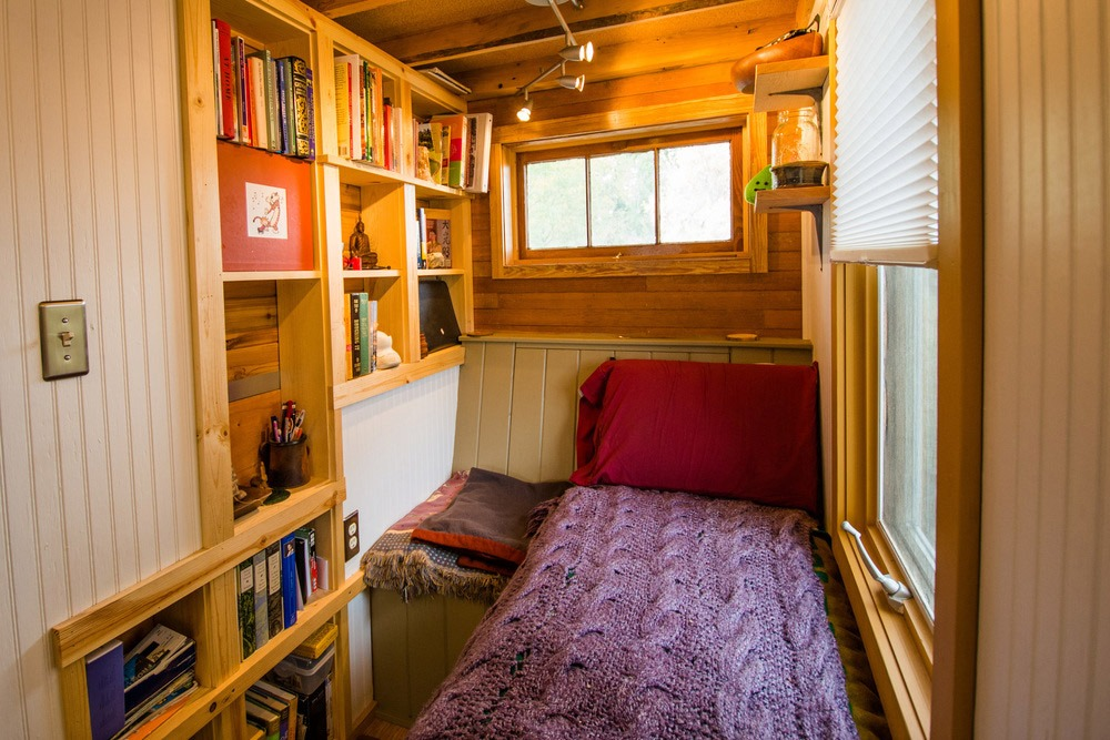 Reading Nook - Bookworm by MitchCraft Tiny Homes
