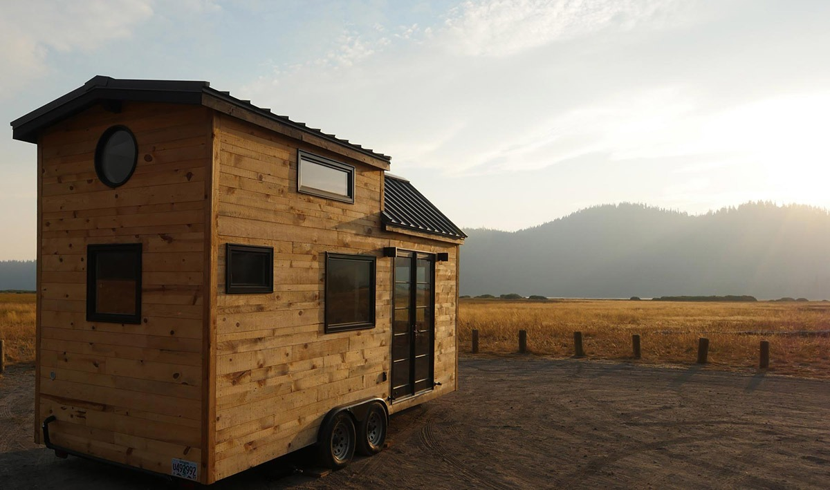 Exterior Side View - Hiatus by Tongue & Groove Tiny Homes