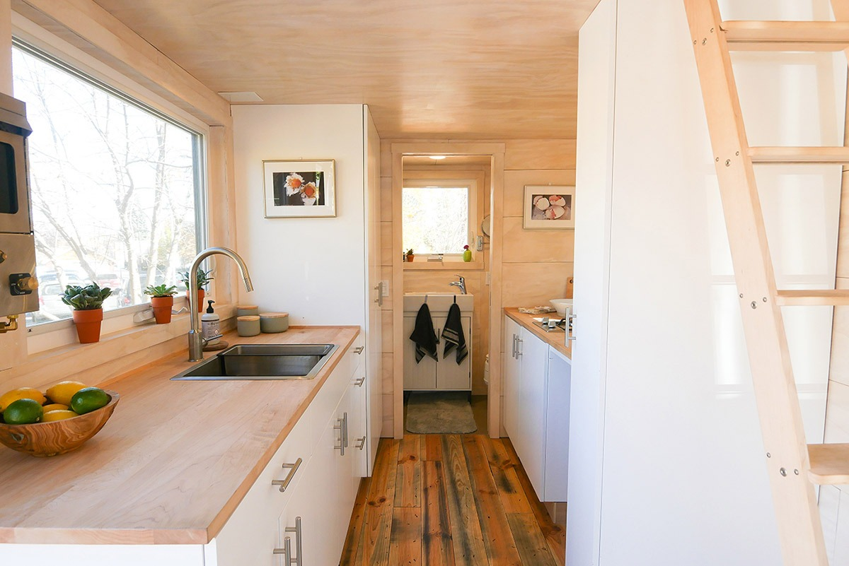 Kitchen - Hiatus by Tongue & Groove Tiny Homes