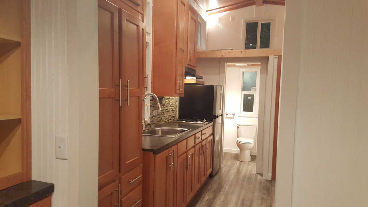 Kitchen - Ko'olau by Tiny Pacific Houses