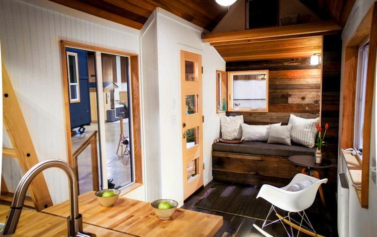 Entryway - Kootenay by Greenleaf Tiny Homes