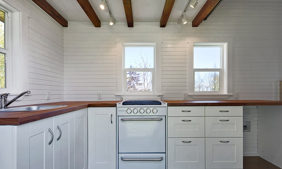 Kitchen Stove - Loft Edition by Mint Tiny Homes