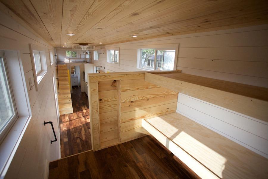Bunkbeds - Custom Gooseneck by Nomad Tiny Homes