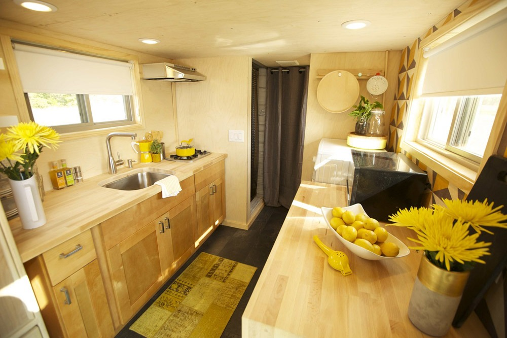 Kitchen - Z-Huis by Wishbone Tiny Homes