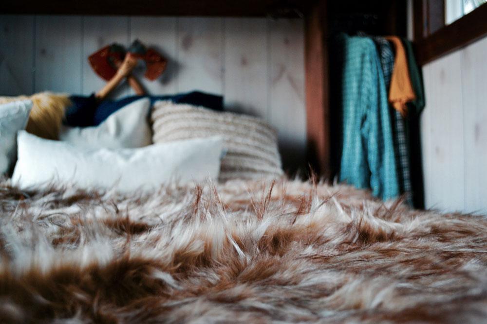 Bedroom detail - Aerodynamic by Tiny Heirloom
