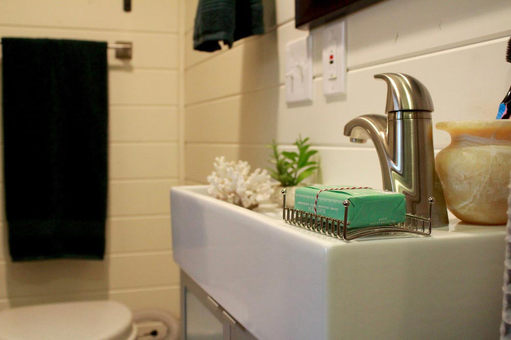 Bathroom sink - Craftsman by Tiny Heirloom