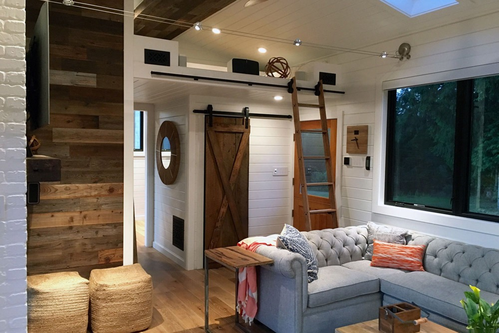 Tiny Home Designs: Hawaii House By Tiny Heirloom