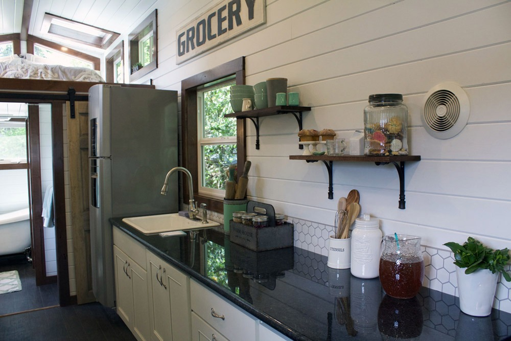 Kitchen Counter - Southern Charm by Tiny Heirloom