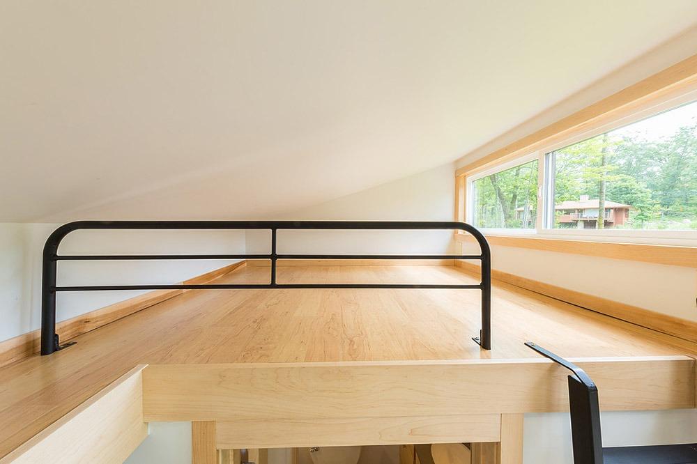 Bedroom Loft - Traveler by Escape Traveler