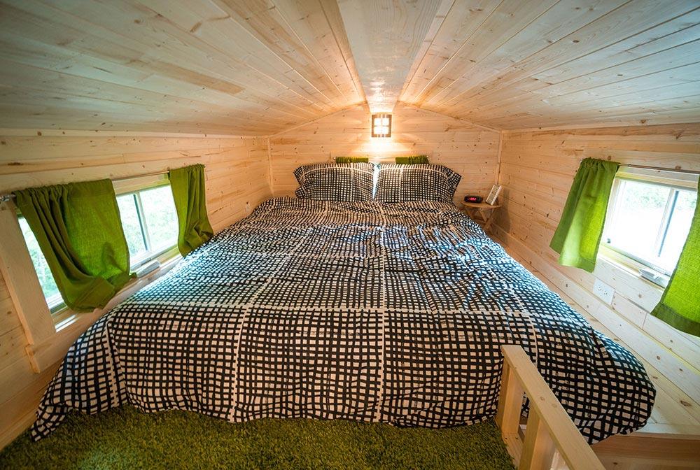 Bedroom loft - Zoe at Mt. Hood Tiny House Village