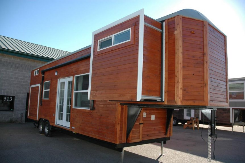 Tiny house with three slide outs - Carpathian by Tiny Idahomes