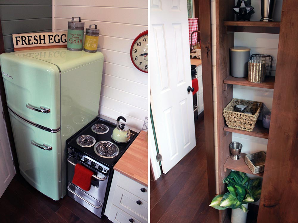 Retro refrigerator - Family of Four by Tiny Heirloom