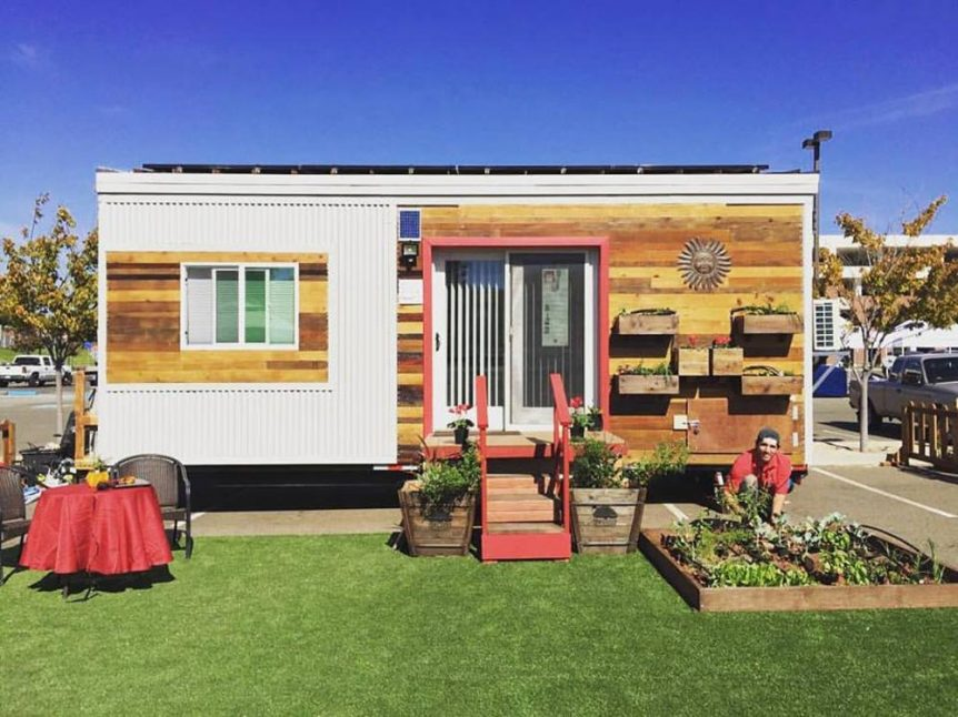 196 sq.ft. Tiny House by Fresno State
