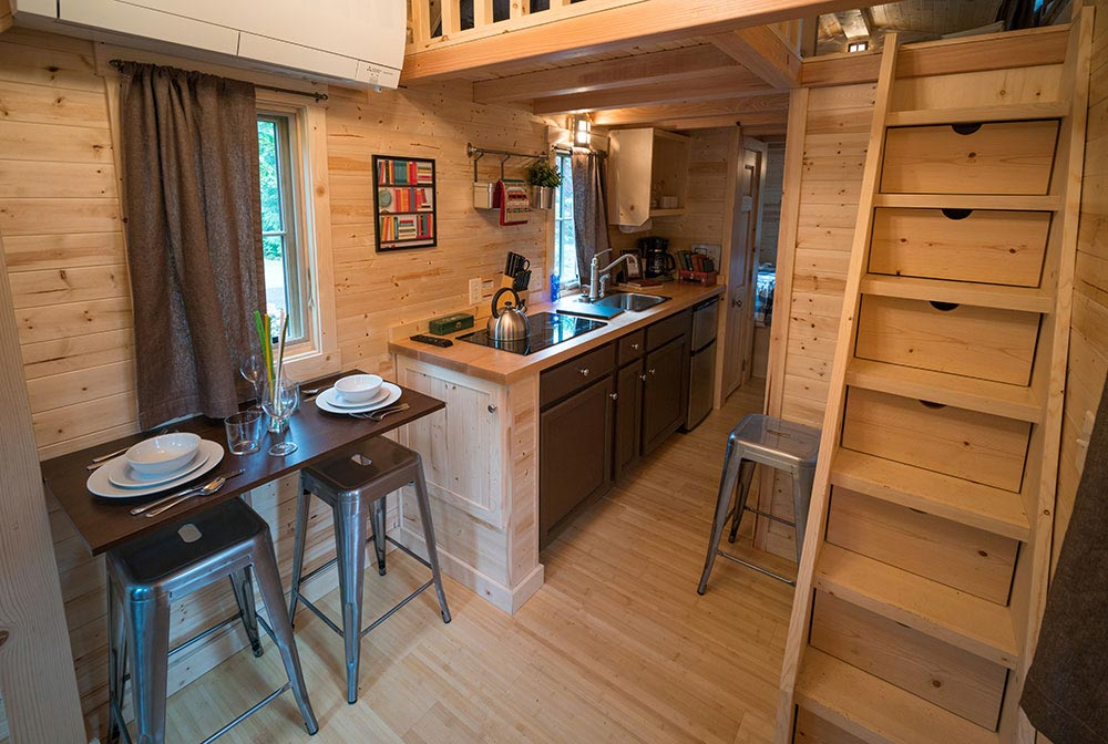 Rustic tiny house with modern accents - Lincoln at Mt. Hood Tiny House Village