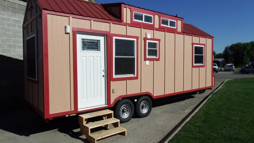 Two-tone exterior - Murphy by Tiny Idahomes