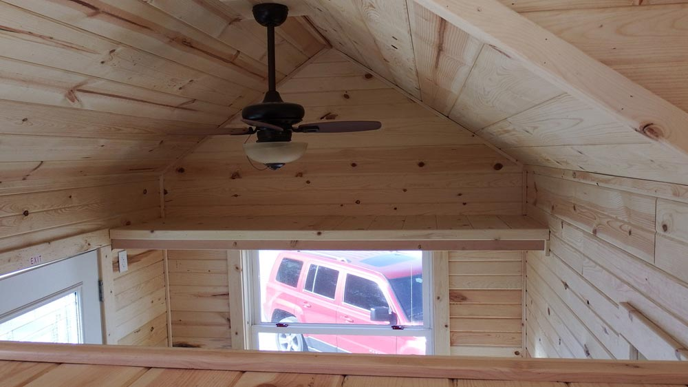 Storage loft - Murphy by Tiny Idahomes