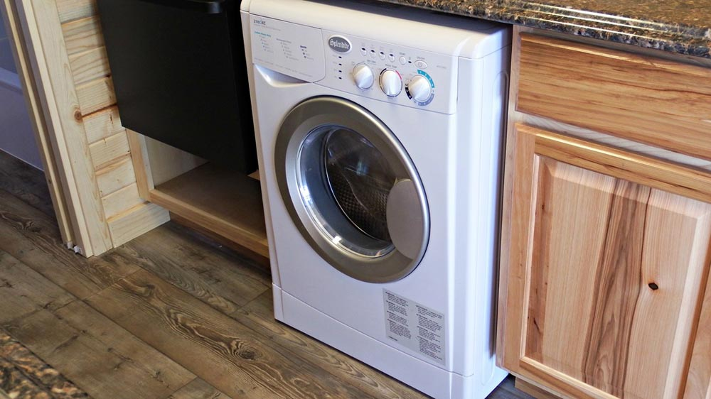 Washer/Dryer combo - Phoenix by Tiny Idahomes