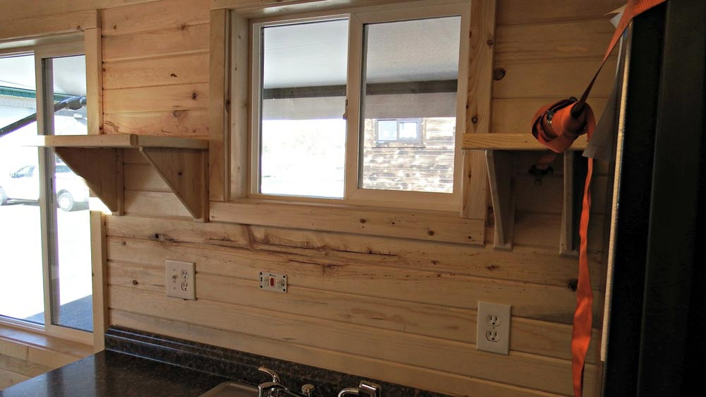 Natual pine interior - Phoenix by Tiny Idahomes