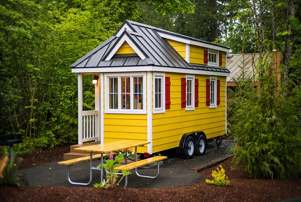 Tiny house with southern charm - Lincoln at Mt. Hood Tiny House Village