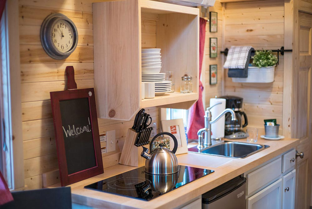 Two burner electric cooktop - Scarlett at Mt. Hood Tiny House Village
