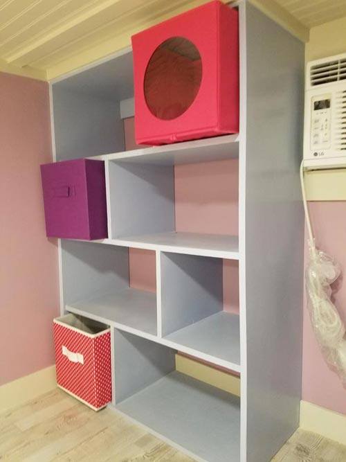 Closet Organizer - Sarah's Autistic Tiny Home by Maximus Extreme