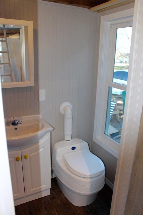 Composting Toilet - Chic Shack by Mini Mansions