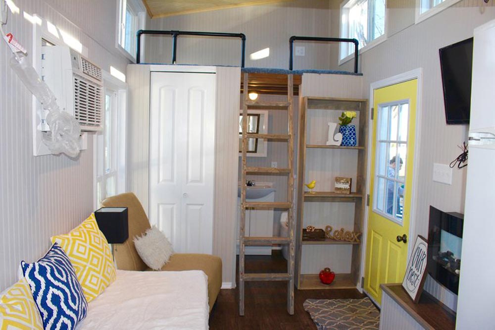Living Room & Entryway - Chic Shack by Mini Mansions