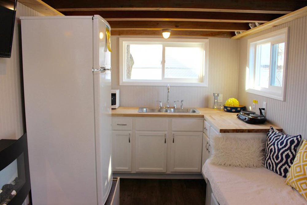 Kitchen - Chic Shack by Mini Mansions