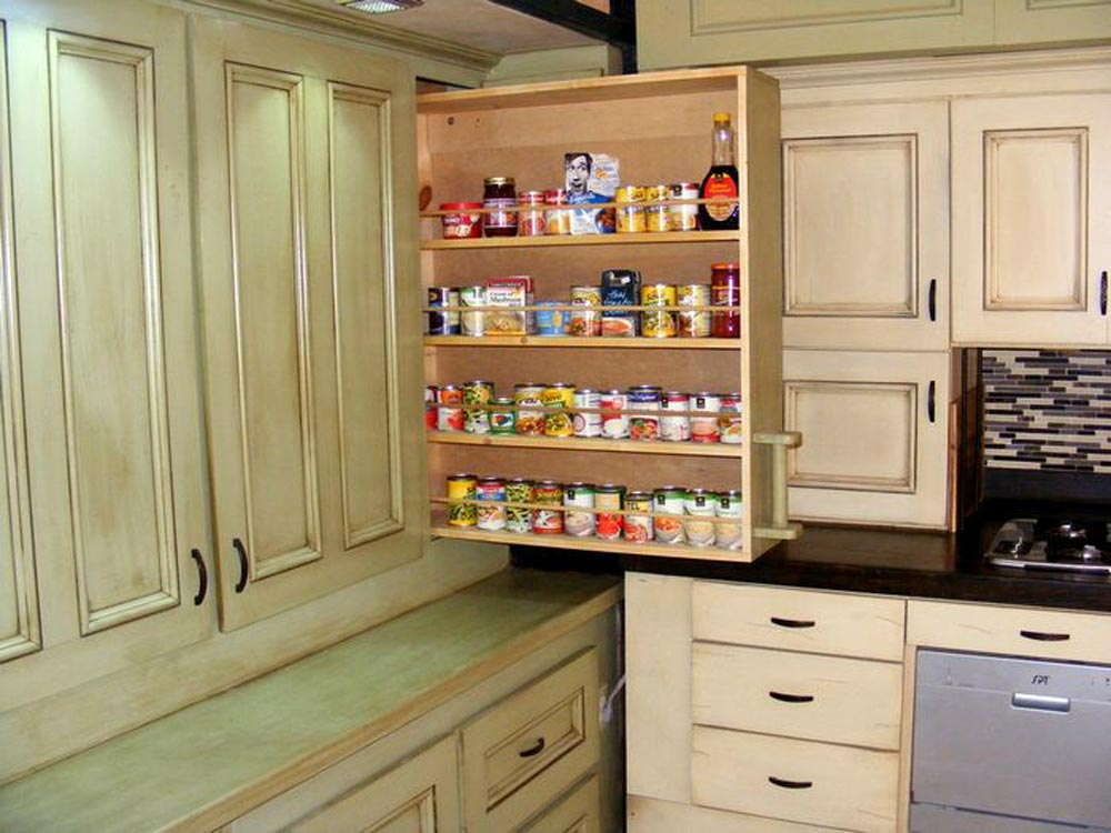 Two Pantries - DS 400 by Tiny By Design