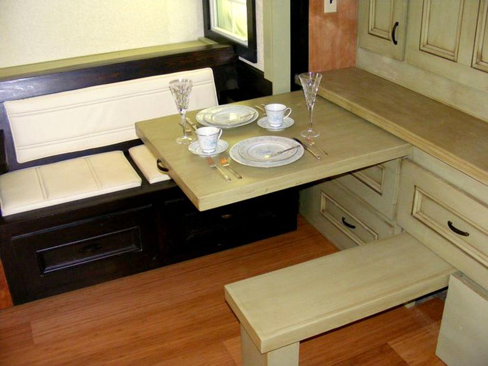 Pull Out Table & Bench - DS 400 by Tiny By Design