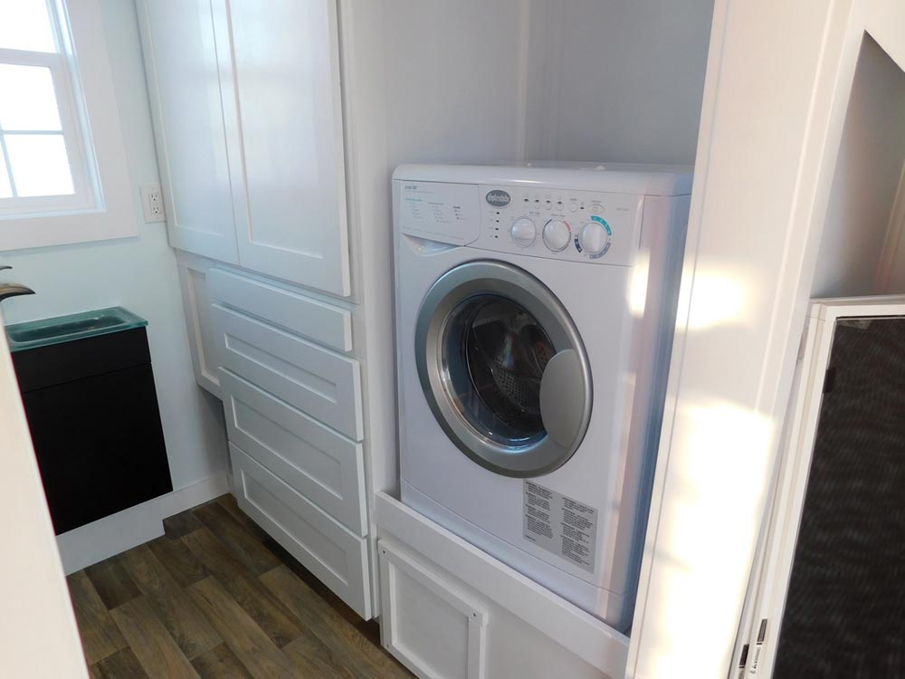 Washer/Dryer Combo - Ginger's Gem by Tiny Idahomes