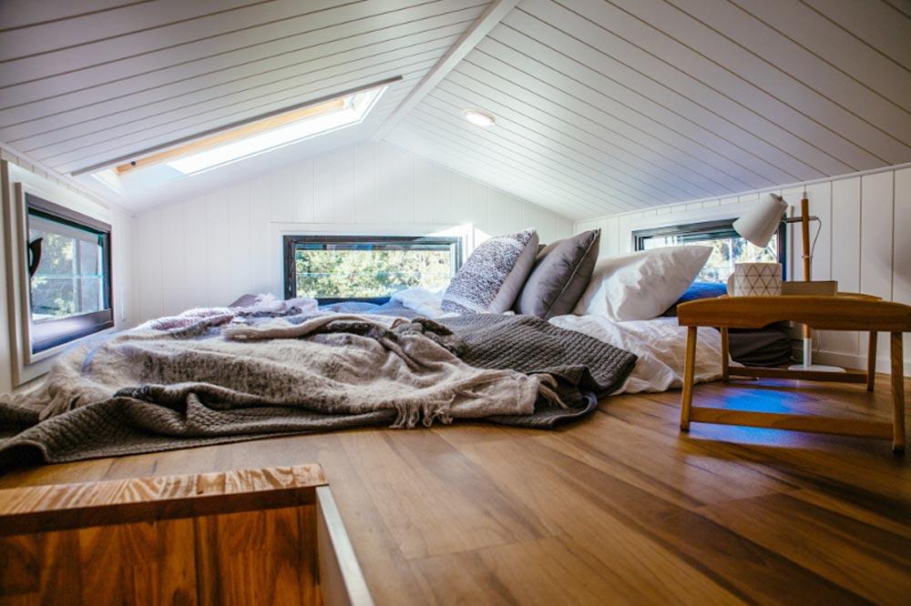 Bedroom Loft - Graduate Series by Designer Eco Homes
