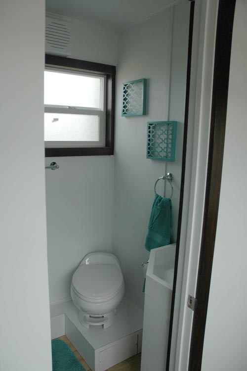 Bathroom w/ Window - Jamboree by Tiny Idahomes