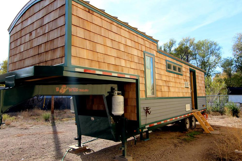 32' 5th Wheel Tiny House by Ken Leigh