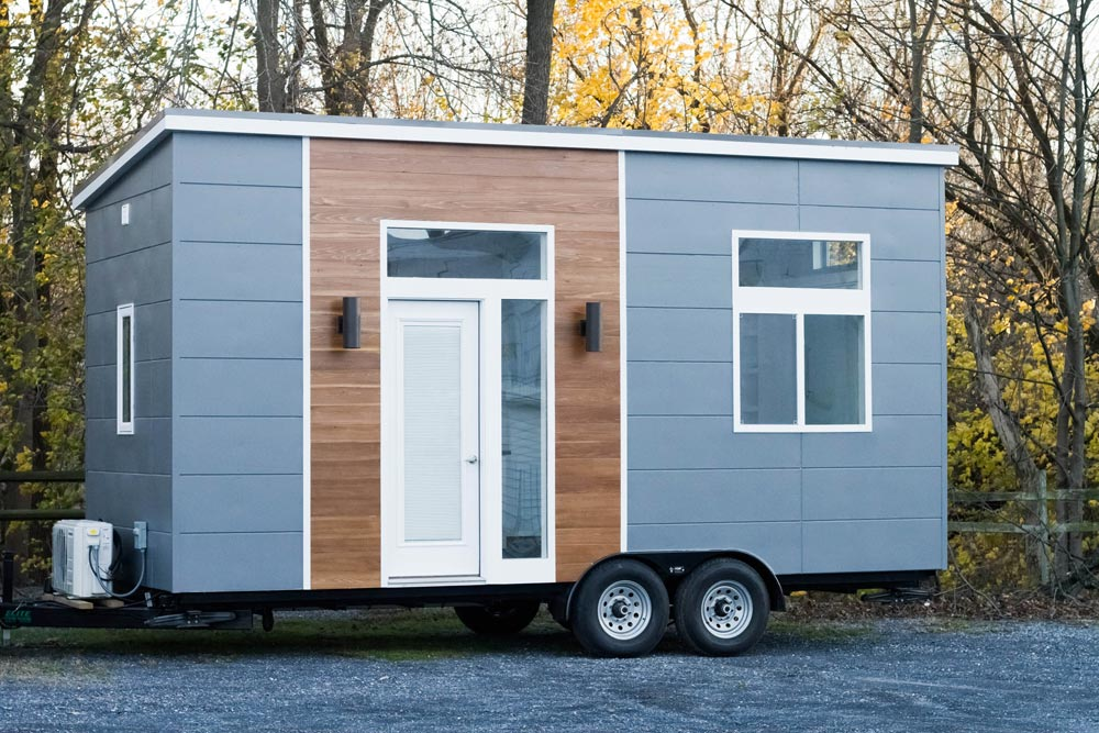 20' Tiny House - Modern by Liberation Tiny Homes