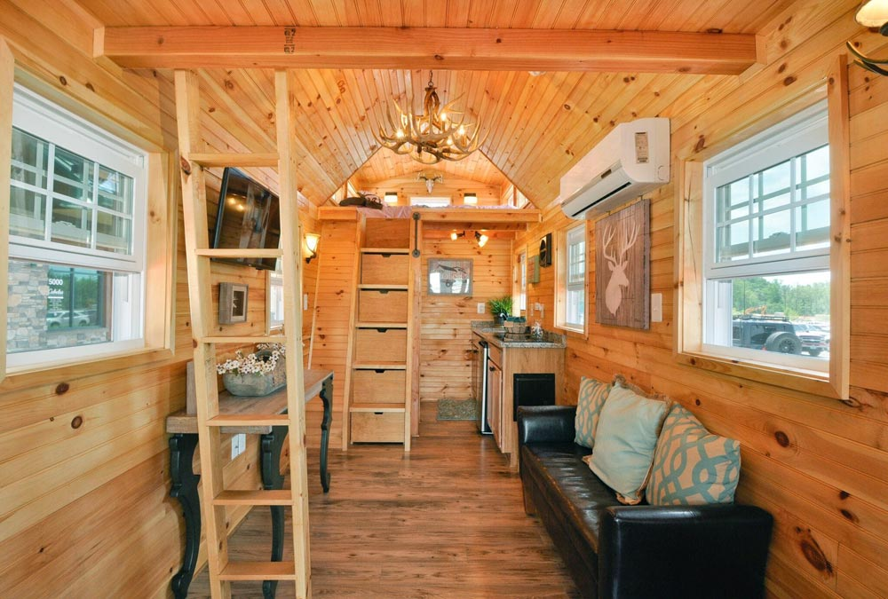 Living room - Mountaineer by Tiny House Building Company