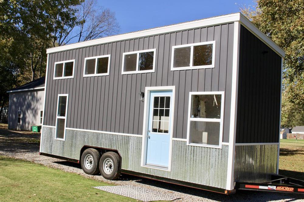 24' Tiny House - Relax Shack by Mini Mansions