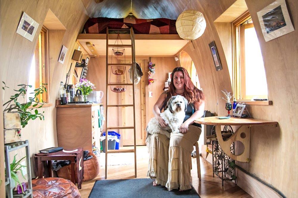 Living Area & Bedroom Loft - Fortune Cookie by Zyl Vardos