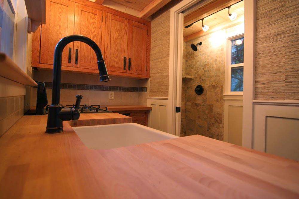 Kitchen & Bathroom - Craftsman Bungalow by Molecule Tiny Homes