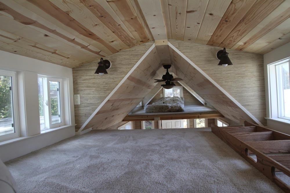 Bedroom Loft - Craftsman Bungalow by Molecule Tiny Homes
