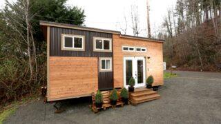 24' Tiny House on Wheels - Everett by American Tiny House