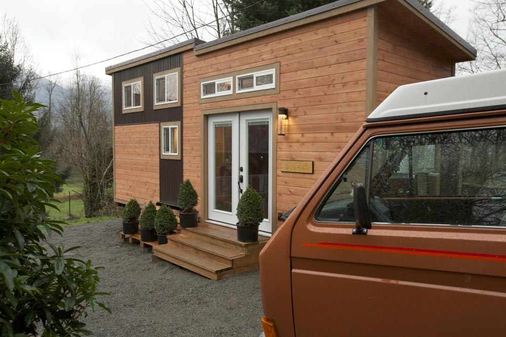 288 sq.ft. Tiny House on Wheels - Everett by American Tiny House