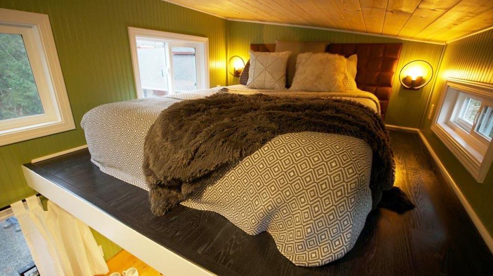 Bedroom Loft - Everett by American Tiny House